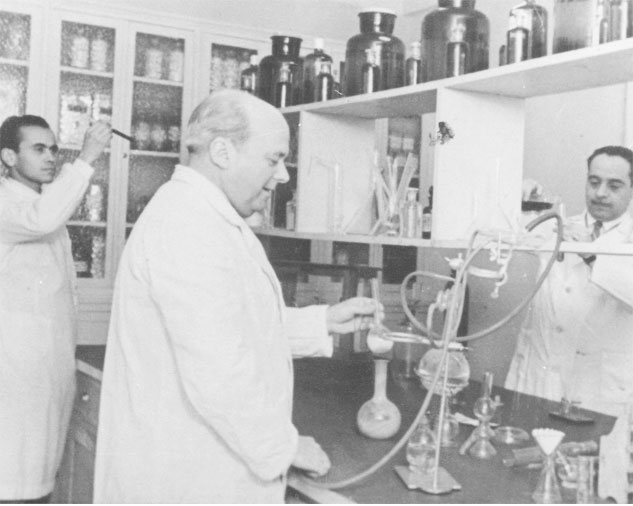 La Farmacia Puerto pertenece a una familia de farmacéuticos.