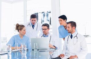 Si eres un profesional sanitario también puedes ponerte en contacto con Farmacia Puerto.